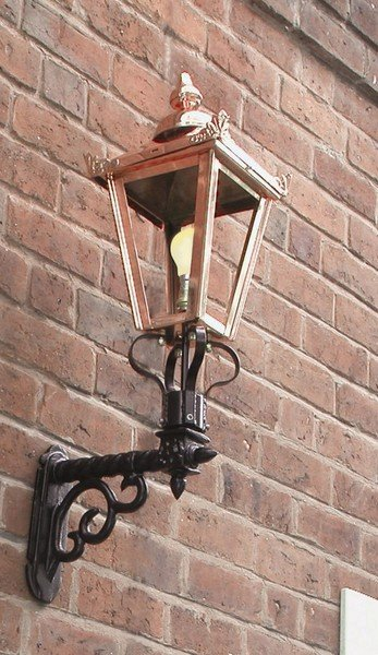 Period Outside Wall Lights : Victorian & Period Garden Wall Lighting English Lamp Posts