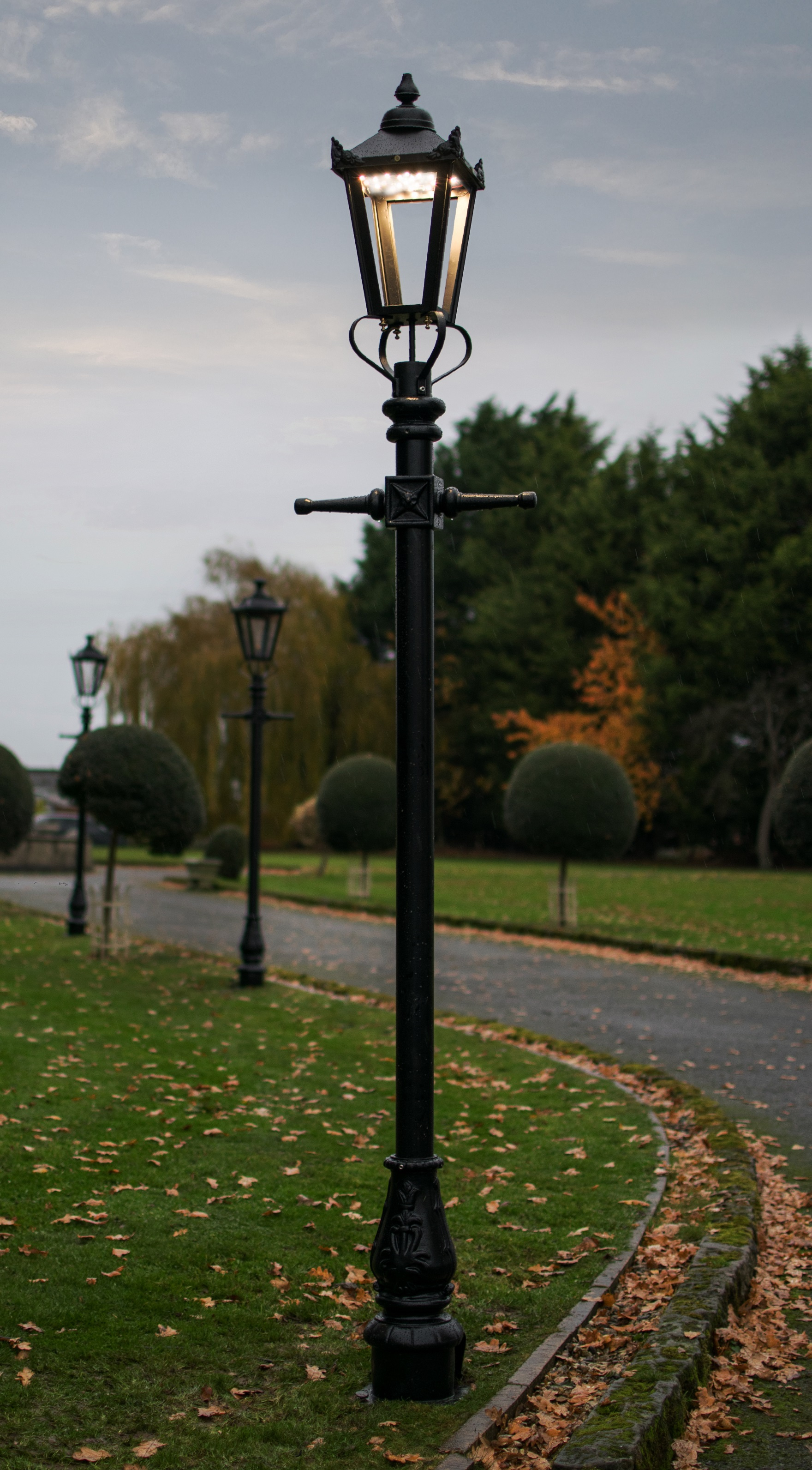 Victorian Garden Lamp Post 12.12m With LED Lantern Fitting