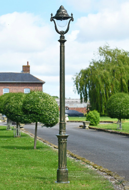 2.5m Olive Green Victorian Gothic Cast Iron Lamp Post