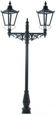 The Countess Lamp Post