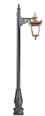 Copper Duchess Lamp Post