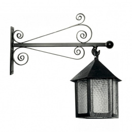 Antique Black Iron Wall Lantern With Deluxe Bracket