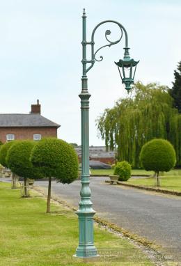 Antique Blue Deluxe Victorian Swan Neck Lamp Post