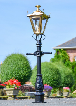 Antique Brass Dorchester Miniature Lamp Post  in Situ