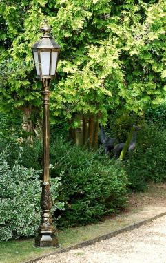 Antique Gold Cast Aluminium Garden Lamp Post