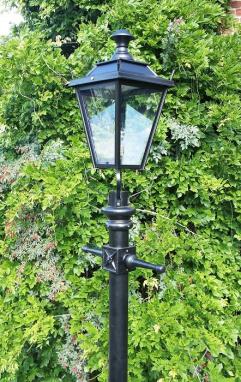 Black Dorchester Traditional Lamp Post Set 2.3m