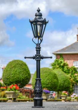 Black Hexagonal Miniature Lamp Post in Situ