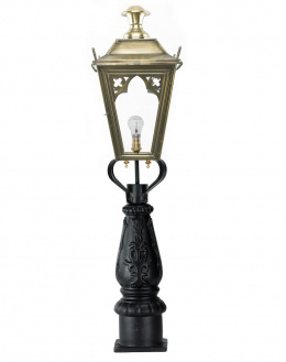 Antique Brass Gothic Low Level Garden Light