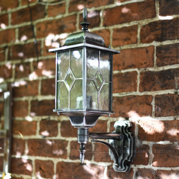 Classical Wall Lantern with Optional PIR Sensor