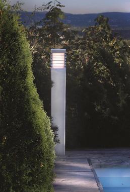 Heavy Duty Squared Driveway Bollard Light