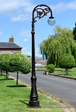 2.5m Antique Black Victorian Globe Cast Iron Lamp Post