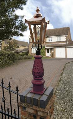 Maroon & Copper Mini Victorian Lamp post set