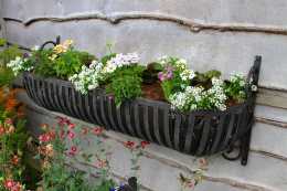 Rural Hay Trough Flower Planter With Scrolled Brackets