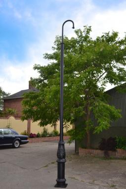 Swan Neck High Mast CCTV Lamp Standard Pole