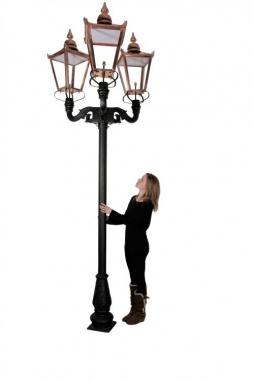Triple Headed Garden Lamp Post