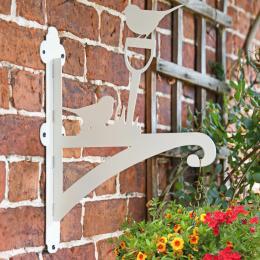 """Cream """"Robin"""" Garden Hanging Basket Bracket"""