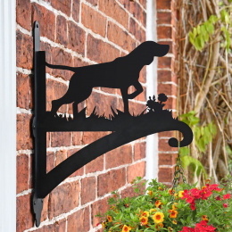"""German Shorthaired Pointer"" Dog Garden Hanging Basket Bracket On Brick Wall"
