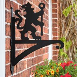 """""""Lion & Staff"""" Garden Hanging Basket Bracket"""