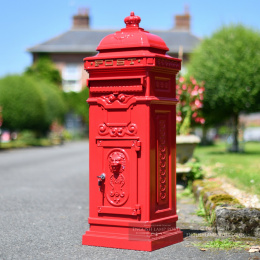 Red 'The Lincoln' Freestanding Pillar Box