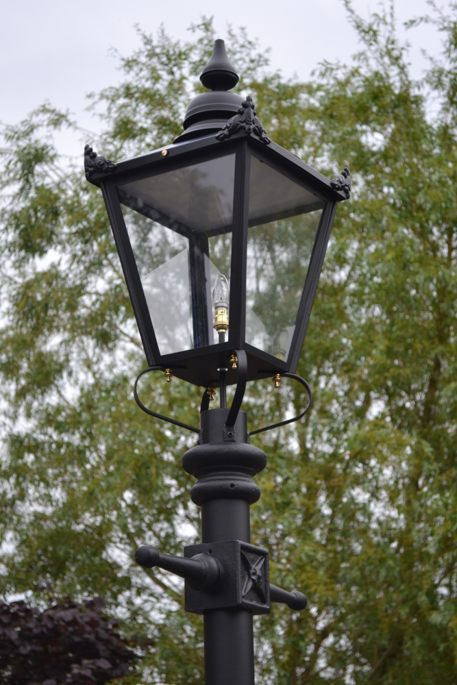 Lamp Post Lantern Tops To Suit All Styles Sizes