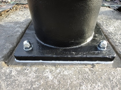Thread Bar Lamp Post Fixing